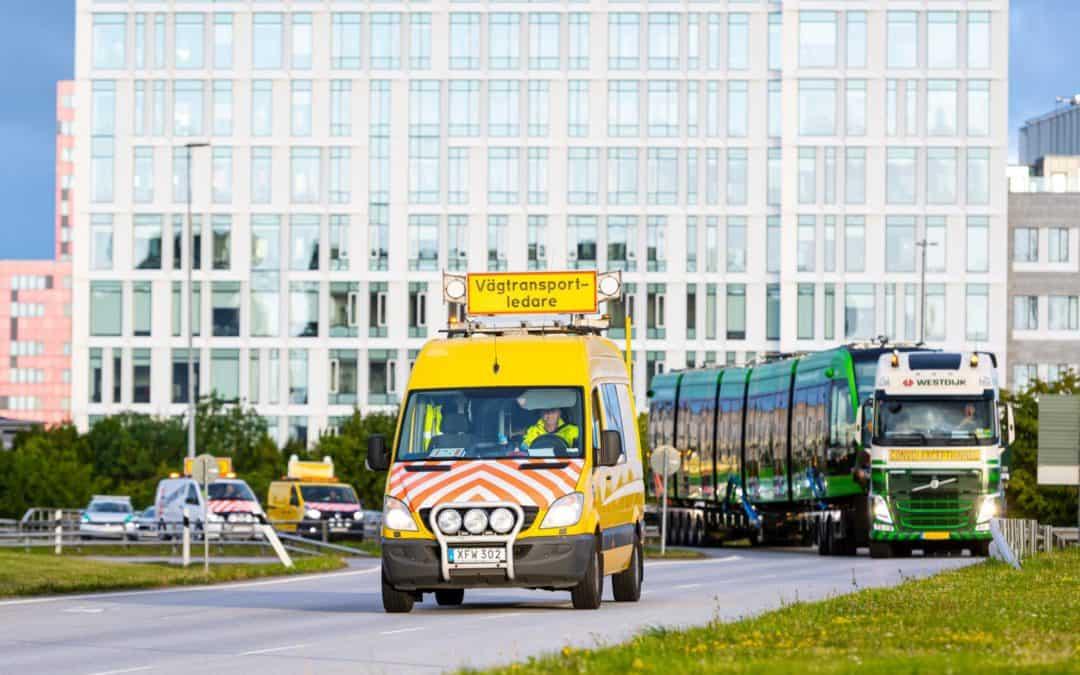 Nu är första spårvagnen på plats i Lund